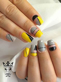 Yellow- gray- black linear nails  #nails #nailart #yellowgrayblack #linear #acrylicnails #fashionnails #salonnails #nailaddict #nailaholic #nails2inspire #nothingisordinary #nailartist #marinaveniou #nailartseminars ##trusttheexperts #beautymakesyouhappy   www.kalliopeveniou.gr