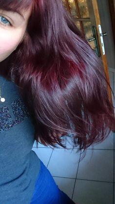 Plum Hair, Burgundy Hair, Hair Color Streaks, Hair Color Dark, Pelo Color Vino, Red Hair Inspo, Wine Hair, Velvet Hair, Dye My Hair