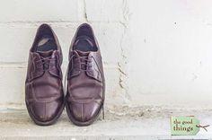 Lederschuhe nicht gepflegt + keine Schuhspanner verwendet = Gehfalten und katastrophaler Zustand. Wir haben die passende Schuhpflegeanleitung für sie.