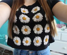 Daisies & sunflowers are my favorite flowers!!! <3