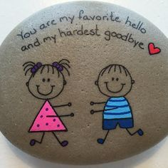 Painted rocks have become one of the most addictive crafts for kids and adults! Want to start painting rocks? Lets Check out these 10 best painted rock ideas below. Pebble Painting, Pebble Art, Stone Painting, Stone Crafts, Rock Crafts, Arts And Crafts, Caillou Roche, Art Rupestre, Painted Rocks