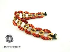 Akkesieraden   Jewelery design with small beads