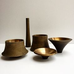 Angelo MANGIAROTTI (1921 - 2012) Bronze vessels, 1959/1962 Cast, polished bronze Various dimensions Manufacture: Battaglia Foundry for Bernini, Milano