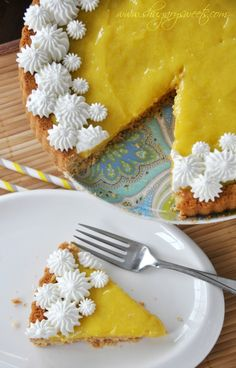 Lemon Tart with Macadamia Nut Crust: shortbread macadamia nut crust topped with homemade lemon curd and whipped cream #lemontart #dessert ww...