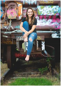 Senior poses. Senior Girl. Senior pose with a train. Graffiti. High School Senior. Senior Picture. Wichita Kansas Senior Photographer. Senior Photography. Senior Portraits.