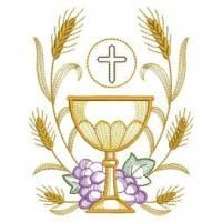 Celebrate the Eucharist with this set of inspirational designs depicting a chalice framed by golden wheat and violet grapes. Machine Embroidery Applique, Free Machine Embroidery Designs, Custom Embroidery, Embroidery Patterns, Hand Embroidery, First Communion Banner, Première Communion, First Holy Communion, Faith Crafts