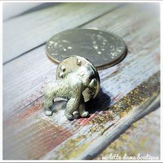 1980s Vintage Silver Gorilla Lapel Brooch Pin | 80s VTG Ape Gorrilla Brooches | Silver Gray Pins