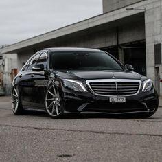 没有照片描述。 E350 Mercedes, Mercedes Benz Cars, Mercedes Benz Classes, Custom Mercedes, Basel, Fast Sports Cars, Mercedez Benz, Lux Cars, Top Luxury Cars