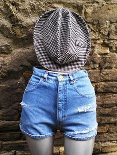 Your place to buy and sell all things handmade Vintage High Waisted Shorts, Retro Shorts, High Jeans, High Waist Jeans, Hipster Jeans, Ripped Shorts, Casual Summer Dresses, Distressed Denim, Workout Pants