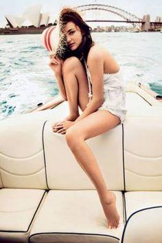 Miranda Kerr poses with her son Flynn in Sydney gallery - Vogue Australia Vogue Uk, Estilo Miranda Kerr, Miranda Kerr Style, Vogue Australia, Sydney Australia, Swimwear Australia, Jean Giono, Victoria's Secret, Provocateur