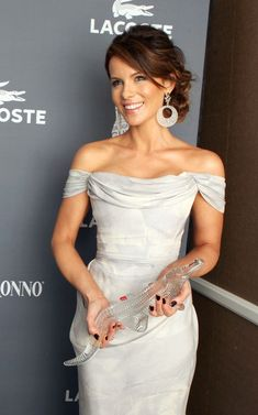 Kate Beckinsale Photos: Green Room at the Costume Designers Guild Awards