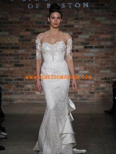 Prestcilla de Boston belle robe de mariée glamour longue sans bretelle avec manche dentelle