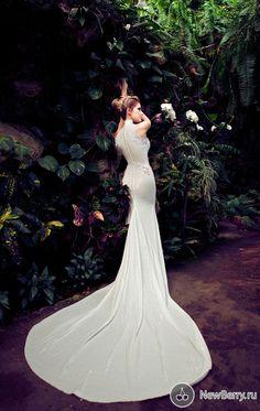 Свадебные и вечерние платья Nurit Hen 2013.