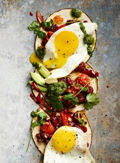 Tortillat huevos rancheros | Kasvis, Aamiaiset | Soppa365 Huevos Rancheros, Joko, Avocado Toast, Salsa, Yummy Food, Breakfast, Morning Coffee, Salsa Music, Delicious Food
