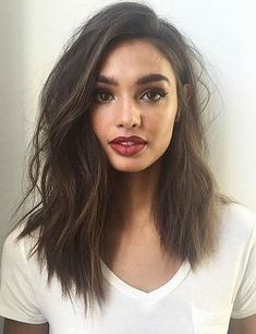 20 Incredible Medium Length Hairstyles with Bangs Long . - 20 incredible medium length hairstyles with bangs # medium length # incredible - Cute Medium Length Hairstyles, Hairstyles With Bangs, Medium Asymmetrical Hairstyles, Asymmetrical Long Hair, Lob Haircut Thick Hair, Medium Length Hair With Bangs, Trendy Hairstyles, Long Bangs, Middle Length Haircuts