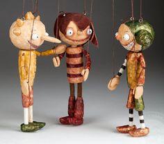 Hey, j'ai trouvé ce super article sur Etsy, chez https://www.etsy.com/fr/listing/195292925/jouets-en-bois-de-camarades-de-classe