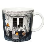 Moomin mugs and home decor items - Buy online from Finnish Design Shop. All in-stock items ship within 24 hours. Large selection of authentic Moomin products! Moomin Books, Moomin Mugs, Moomin Shop, Tove Jansson, Ceramic Teapots, Porcelain Mugs, Royal Copenhagen, Black N White Images, Nordic Design