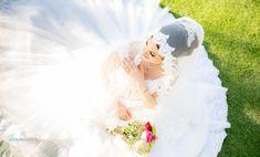 """Polubienia: 273, komentarze: 3 – Dubai Wedding Photographers (@dubai_wedding_photographer) na Instagramie: """"Our #amazing couple Mahnaz & Nima on #prewedding #session in #Dubai #BurjAlArab #hotel Wedding…"""""""