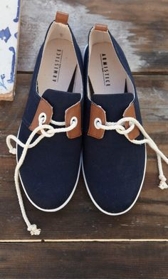 Want #boatingshoes