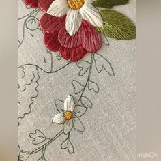 Embroidery Satin Stitch Petals Of Flowers Tutorial This tutorial shows how a simple satin stitch can be used to fill in the petals of flowers. I am using 4 strands of DMC floss and stitching onto linen. Music is by Not The King. Hand Embroidery Videos, Hand Embroidery Tutorial, Embroidery Flowers Pattern, Silk Ribbon Embroidery, Crewel Embroidery, Hand Embroidery Designs, Embroidery Techniques, Cross Stitch Embroidery, Embroidery Kits