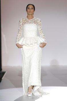 Juana Martín #azahar #barcelonabridalweek Peplum Dress, Brides, Wedding Dresses, Blog, Fashion, Bridal Gowns, New York Fashion, You Are Awesome, Walkway
