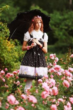 More boys in lolita would make the world a happier place. This is a fact. At the very least, it would make me happier. Harajuku Fashion, Kawaii Fashion, Lolita Fashion, Gothic Fashion, Girl Fashion, Brolita, Cute Little Girls, Lolita Dress, Japanese Fashion