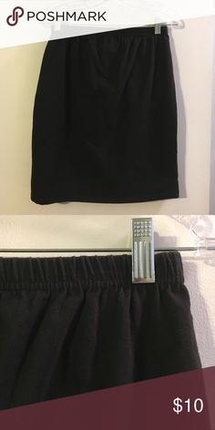 Dividends maternity black skirt Cotton with a touch of spandex. Elastic waist dividends maternity Skirts