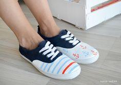 """Zapatillas pintadas """"Navy"""" von Esencia Custome auf DaWanda.com"""