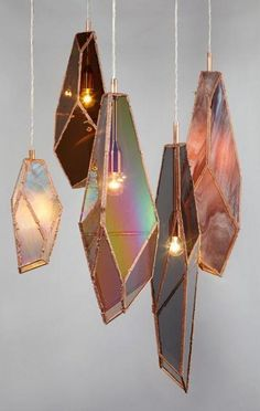 Pendant Light O M G! These are so awesome! Light fixtures like agate slices or iridescent glass, shaped like crystal formations! These are so awesome! Light fixtures like agate slices or iridescent glass, shaped like crystal formations! Küchen In U Form, Deco Luminaire, Deco Design, Lamp Design, Design Design, My New Room, Glass Art, Glass Room, Sea Glass
