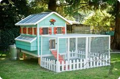 Chicken Coop, I would so have one of these in my back yard.. Lol (only in the South!!)