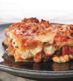 Lasagna with Turkey Sausage Bolognese Recipe - Bon Appétit Lasagne Recipes, Pasta Recipes, Cooking Recipes, Rice Recipes, Potato Recipes, Healthy Cooking, Yummy Recipes, Cooking Tips, Yummy Food