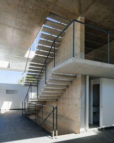 Galerieneubau von Triptyque in Sao Paolo / Idylle unter Spannung - Architektur und Architekten - News / Meldungen / Nachrichten - BauNetz.de