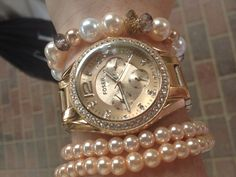 My new arm candy. Fossil Rose gold watch! Happy birthday to me!
