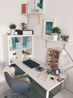 Bright and open office furniture with a white theme and blue accents, . Bright and open office furniture with a white theme and blue accents, # Office equipment Home Office Design, Home Office Decor, Home Decor, Office Ideas, Home Office Bedroom, House Design, Beach Apartment Decor, Study Room Decor, Room Decor Bedroom