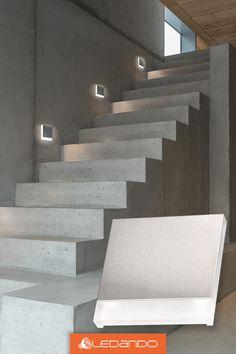 Verleihe deinem Treppenaufgang eine ganz individuelle Optik mit diesen schlichten und edlen Treppenleuchten. Unsere LED Treppenbeleuchtung bietet dir ausreichend Licht, um die Stufen in einem Treppenhaus zielsicher zu treffen. #led #treppe #beleuchtung #design #beton #urban #wohnzimmer #flur #ledando Home Stairs Design, House Design, Modern Stairs, Interior Decorating, Interior Design, House Stairs, Home Gadgets, Barn Lighting, Industrial House