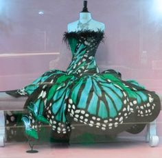Fashion Artist Luly Yang Designed Two Of The Most Beautiful Dresses I Have Ever Seen Monarch And Blue Morpho Erfly Gowns