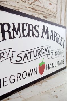 Farmers Market Sign, Produce Stand, Market Stands, Tobacco Basket, Fun At Work, How To Distress Wood, Porch Decorating, Hangers, Breeze