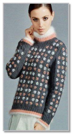 Вязание спицами. Пуловер с вышивкой и бисером. Размеры: 34/36, 38/40, 42/44, 46/48, 50/52