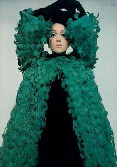 Les Audaces de Givenchy L'Officiel 1968, Photo: Guégan Givenchy