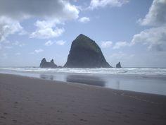 Haystack Rock, Cannon Beach Oregon