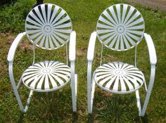 Vintage, 1920s style Casablanca Sunburst Chairs. I would love to have these in my yard!  Photo: Trocadero.com
