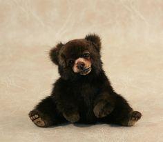 Brown Bear Cub - Adorable Bear Cubs, Baby Bears, Teddy Bears, Cute Endangered Animals, Black Bear Cub, Baby Animals, Wild Animals, Brown Bear, Animal Pictures