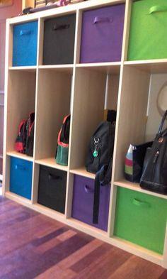 School bag organization, school bag storage, home organisation, organization station, cloakroom storage Diy Toy Storage, Ikea Storage, Paper Storage, Cube Storage, Wall Storage, Hidden Storage, Storage Ideas, Garage Storage, Storage Baskets