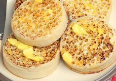 Thermomix Crumpets - Thermomix Recipe - Dish and Recipe - Crumpets with Thermomix, recipe for crumpets that look like small thick pancakes with holes, soft a - Casserole Recipes, Meat Recipes, Low Carb Recipes, Snack Recipes, Crumpet Recipe, Parfait, Crepes And Waffles, Pancakes, Thermomix Desserts