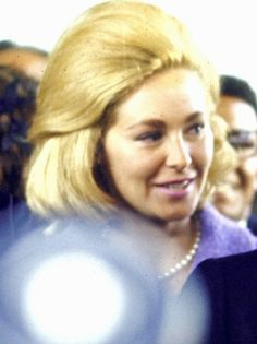 Mrs~~Virginia Joan (Bennett) Kennedy (born September 2, 1936) is an American socialite, musician, and former model. She was the first wife of longtime Senator Ted Kennedy Ted and Joan were married on November 29, 1958, in Bronxville, New York. The reception was held at the Siwanoy Country Club.She HadThree Childerns .  Kara Kennedy. Edward M. Kennedy, Jr. Patrick J. Kennedy.❤❤❤ ❤❤❤❤❤❤❤  http://en.wikipedia.org/wiki/Joan_Bennett_Kennedy
