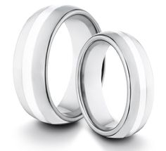 His /& Hers 8MM//6MM Titanium Classic Styled Brushed /& Polished Comfort Fit Wedding Band Ring Set Available Sizes 4-14 Including Half Sizes