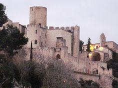 Castellet i la Gornal** (Barcelona)