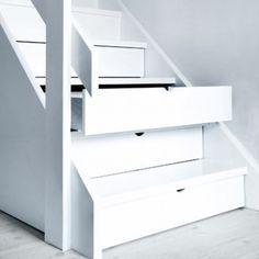 Interieurideeën | Trap met opbergruimte.