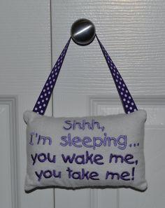 pillow, isn't this hillarious?!!?