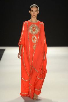 New Beautiful Ladies Dubai Kaftan Farasha Jalabiya Embroidery Abaya. Material: Pure Polyester Georgette for Main caftan. Daily Fashion, Fashion Mode, Abaya Fashion, Modest Fashion, Fashion Show, Womens Fashion, Emo Fashion, Gothic Fashion, Naeem Khan